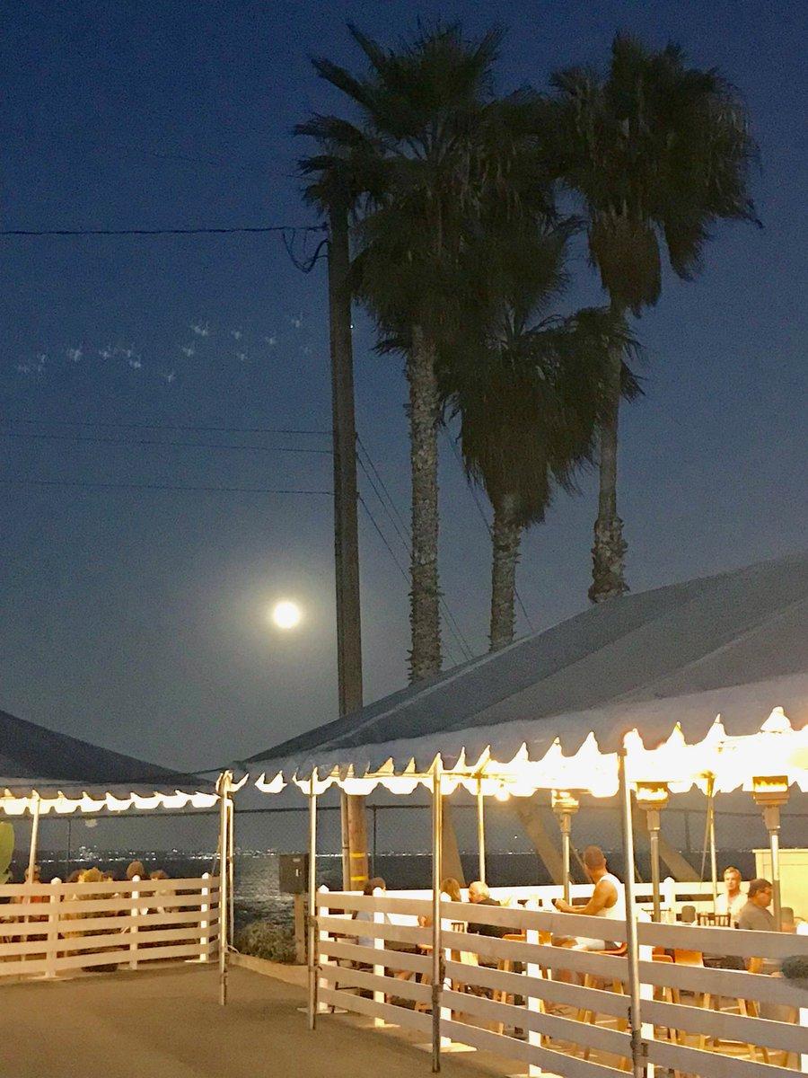 """Be so good they can't ignore you."" -Steve Martin (You know, like full moon in Malibu good.) #writingcommunity #amwriting #writing #creativity #story #storyteller #professionalwriter #writer #film #filmmaker #scripttoscreen #script #screenplay #screenwriter #wip #book #novel https://t.co/Nu9WHAKRy1"
