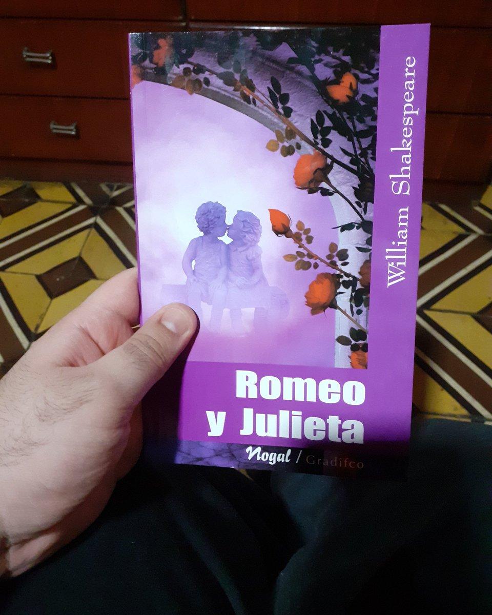 Hora de ponernos románticos y trágicos. #RomeoyJulieta #Shakespeare https://t.co/ar5kYYz0y4