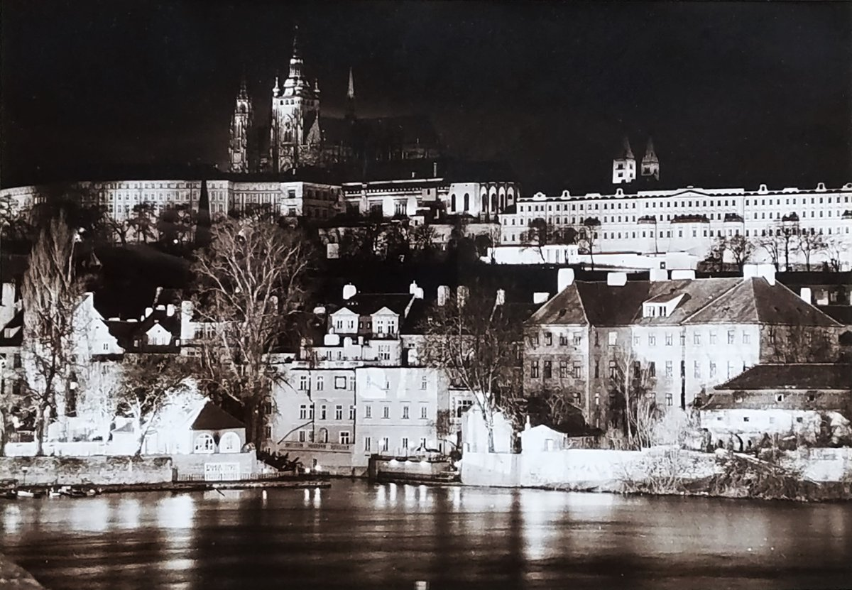 "Saman Photograph Print Prague Praha Castle 2001 #art #antiques #PhotographicArt #Saman #Photograph #Print #Prague #Praha #Castle https://t.co/HvbShLtlPQ Silver gelatin print of the Prague Castle at night. The work is signed ""Saman"" and dated 2001 https://t.co/PptkbCX1lF"