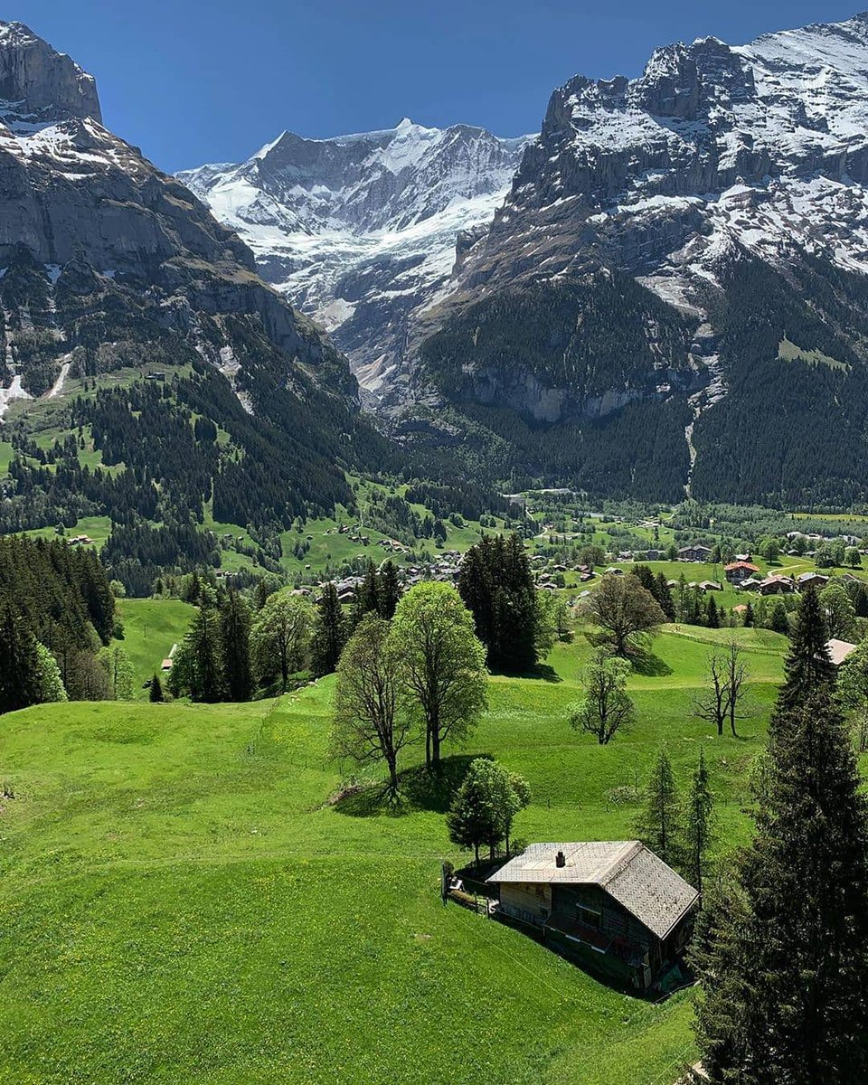 Keep your love of nature, for that is the true way to understand art more and more. 🏖️  Grindelwald, Switzerland 🌳  #Switzerland  #travel #sunset  #TravelInspiration  #traveling #traveljourney #COVID19 #travelphotography  #roadtrip https://t.co/aqpWK2soIt