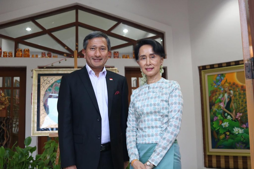 Singapore's @MFAsg minister @VivianBala says the nation will donate more #COVID19 test kits and medical supplies to #Myanmar  This comes as 400,000 test kits are currently rolled out to detect more cases in Myanmar  Photo: Dr Balakrishnan (dated 2017) https://t.co/ZkBWc1c4ut