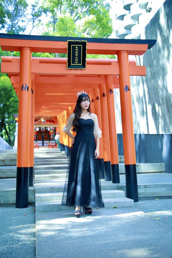 #神社 #森 #ポートレート#生田神社 #鳥居 #ドレス#神社⛩と #ドレス👗#撮影会