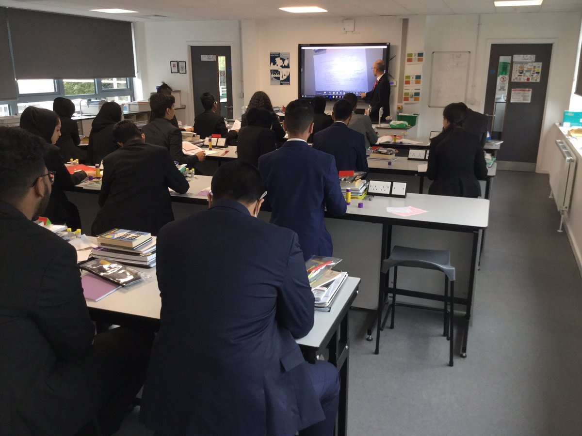 @dma_classof2023 on top in their science this morning. Well done @Dixonsma_Teach @dixonsma_sci
