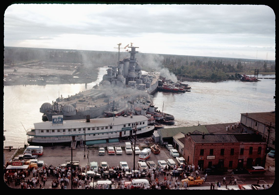 #OTD in 1961, the battleship USS North Carolina collided with the floating seafood restaurant Fergus Ark on the Cape Fear River in Wilmington. It was the second time a Navy vessel almost sank the restaurant (which had been a USCG barracks during WWII). A sub had hit it in 1955.