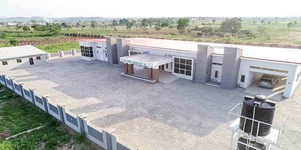 2. @NCDCgov donates treatment centre to Federal Capital Territory for management of cases. Details: nhwat.ch/3ncFxIg #NHWTop10 #COVID19NaijaResponse