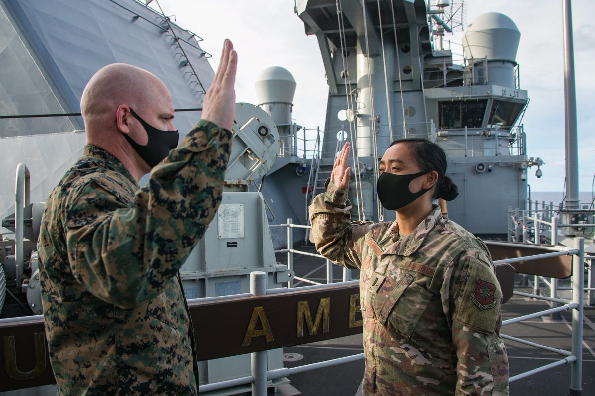 1st Lt. Rio Sarmiento is administered the oath of office into the @SpaceForceDoD by @USMC Col. Michael Nakonieczny, @31stMEU CO, aboard the #USSAmerica (LHA 6). Sarmiento is the first Space Force Liaison Officer deployed with the 31st MEU to enhance its space capabilities.