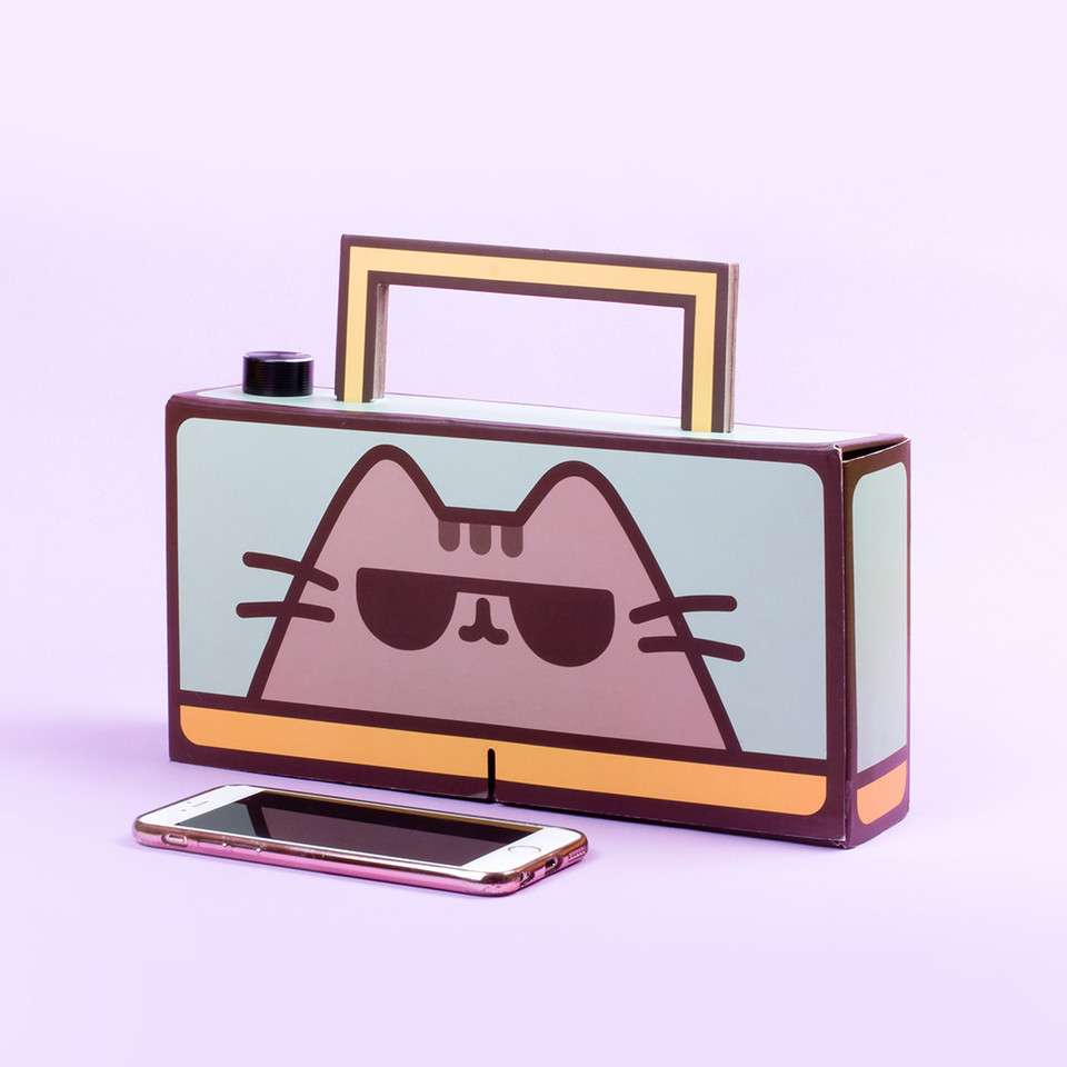 Start your own dance party with the #Pusheen DIY Boombox! Its simple to craft and includes everything you need to build your own wireless speaker 🎵 bit.ly/3l334Ju