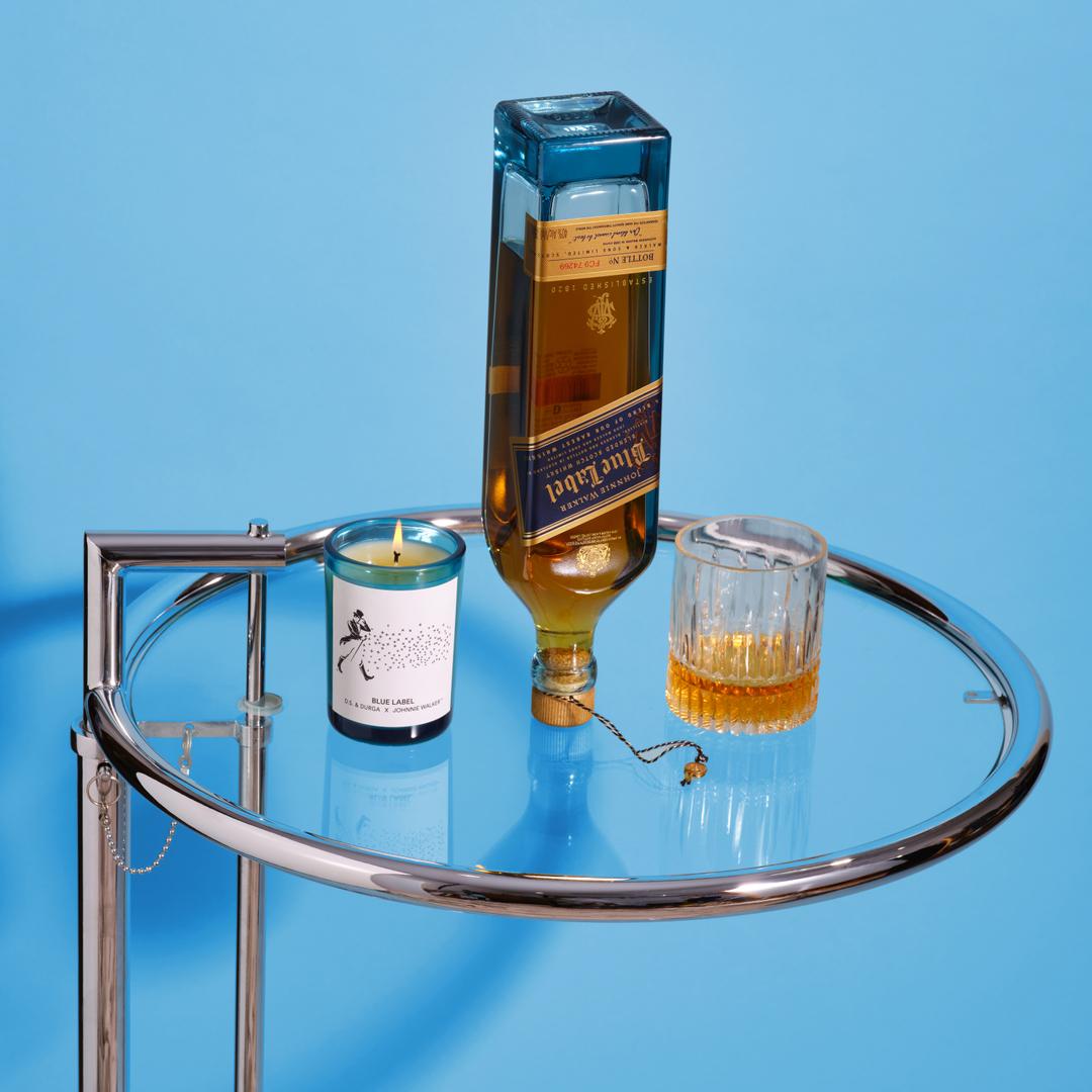 Rare whisky with Scottish terroir candle for @johnniewalkerus #johnniewalkerpartnership  north sea air/barley fine oak cask/royal lochnagar malt reindeer moss/peated whisky  📸 @davidkitz  #burnresponsibly #perfumeisarmchairtravel #keepwalking https://t.co/yrgo4zKyhU