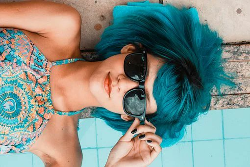 Divorced Emotions Wavering From anger  To sad #Relax Said the shrink Reinvent yourself Try something new She took him  At his word And dyed her hair blue Took a vacation And met someone new #vss365 https://t.co/122G26ks90