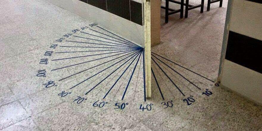 Here's a way to get kids noticing and wondering about angle measures! #MTBoS #iteachmath