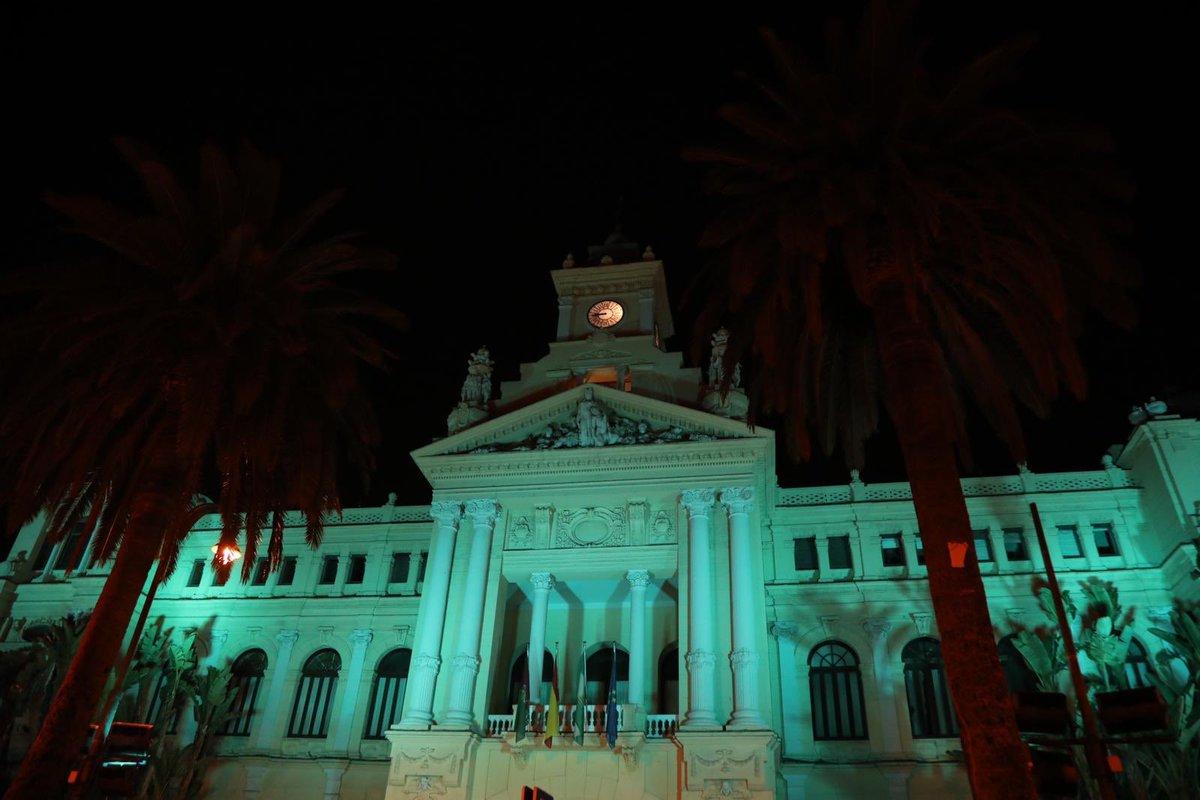 Gracias #Malaga 💚💚💚👏👏👏 #DiaMundialSaludMental #PrioridadSaludMental @AFENES4 https://t.co/IaHN7rsyqK
