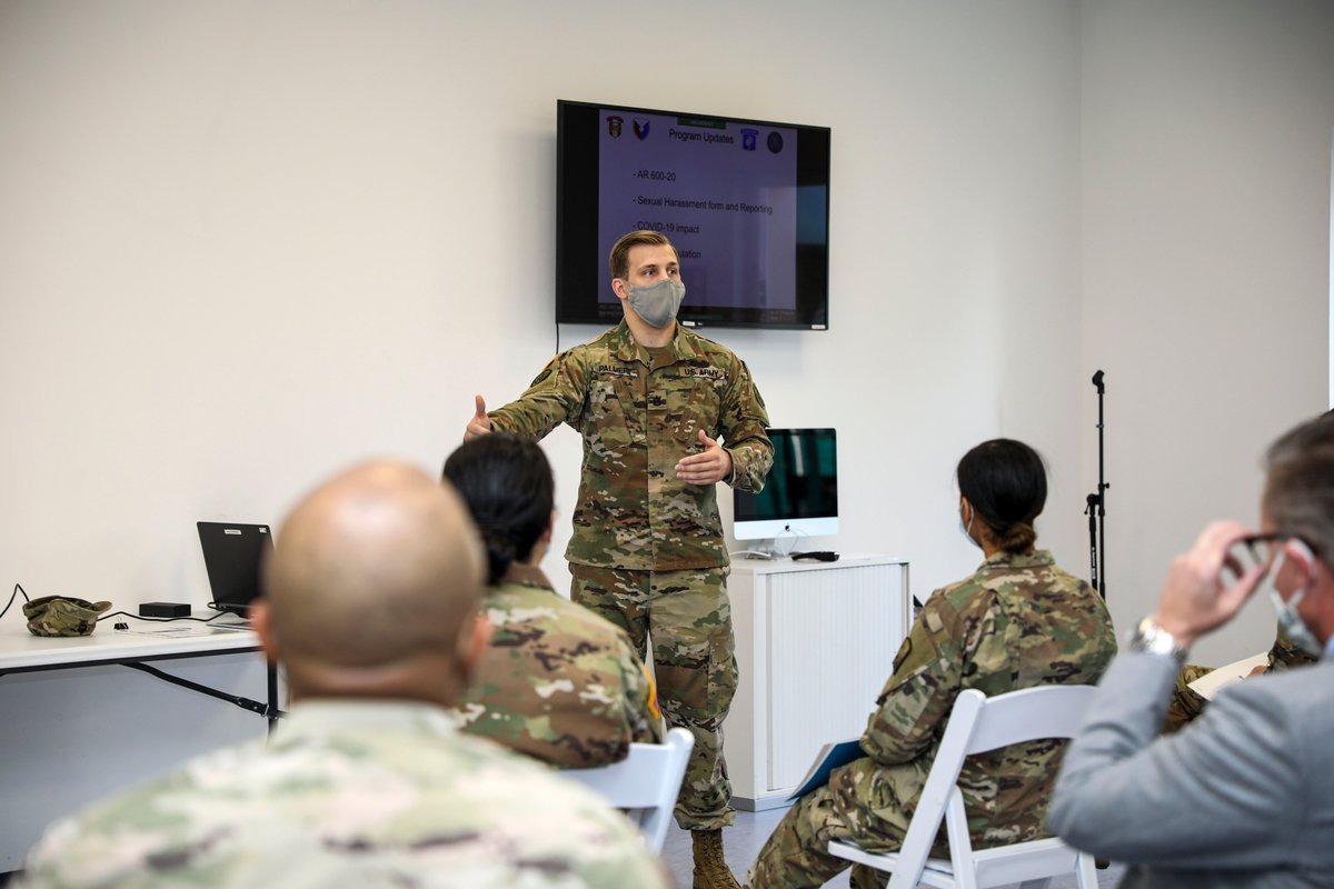 .USARAF, 207th Military Intelligence Brigade-Theater, U.S. Army Garrison Italy & the 173rd Airborne Brigade held a symposium that discussed sexual harassment & assault on Caserma Ederle, Italy, September 31.The event discussed SHARP procedures & encouraged open dialogue. @USArmy