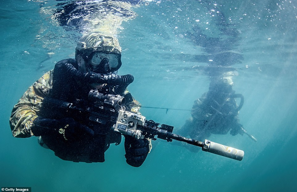 'Get comfortable being uncomfortable.' ―Navy SEALs #TheChampionsMind 🏆 #app  train.championsmind.app/now
