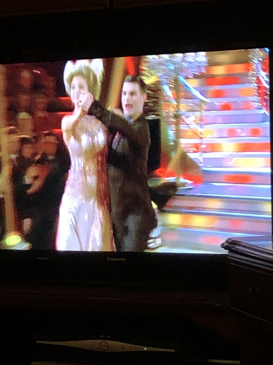 #StrictlyComeDancing #BestOfMusicals 🕺🏻💃🏻🤩🥰  #lovedance #lovedancing https://t.co/XiOuaYl3ED