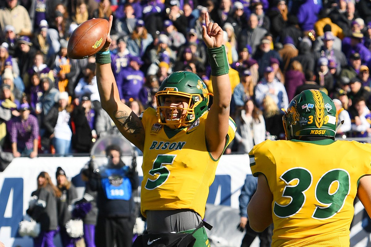 Let's not forget Trey Lance's HISTORIC 2019 season...  • 28 passing TD • 14 rushing TD • 0 INT in 287 att (NCAA record) • Led FCS in pass efficiency (180.6) • Single-season school record for total offense (3,886)