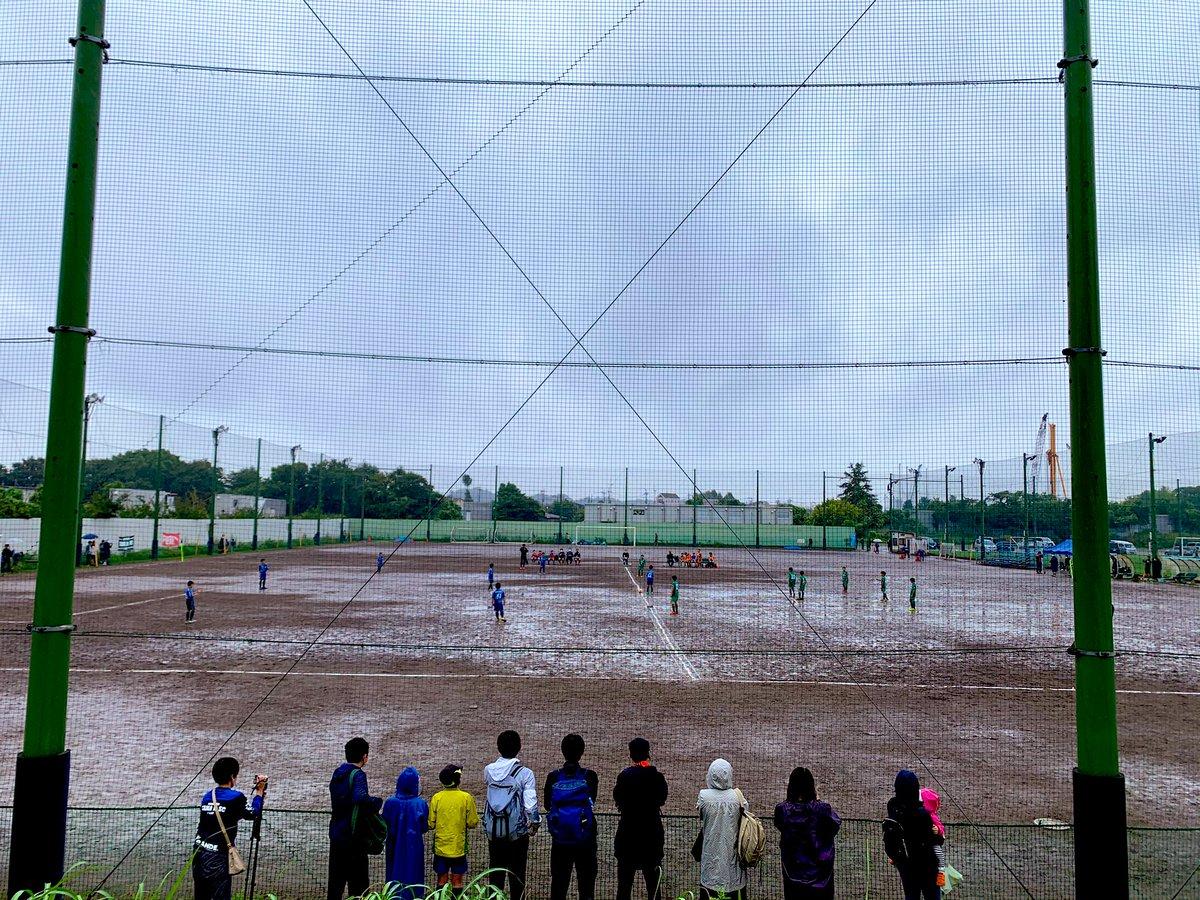 Estos últimos fines de semana he estado viendo y recopilando información de como funcionan las competiciones de las categorías inferiores en el fútbol japonés.   ABRO HILO.