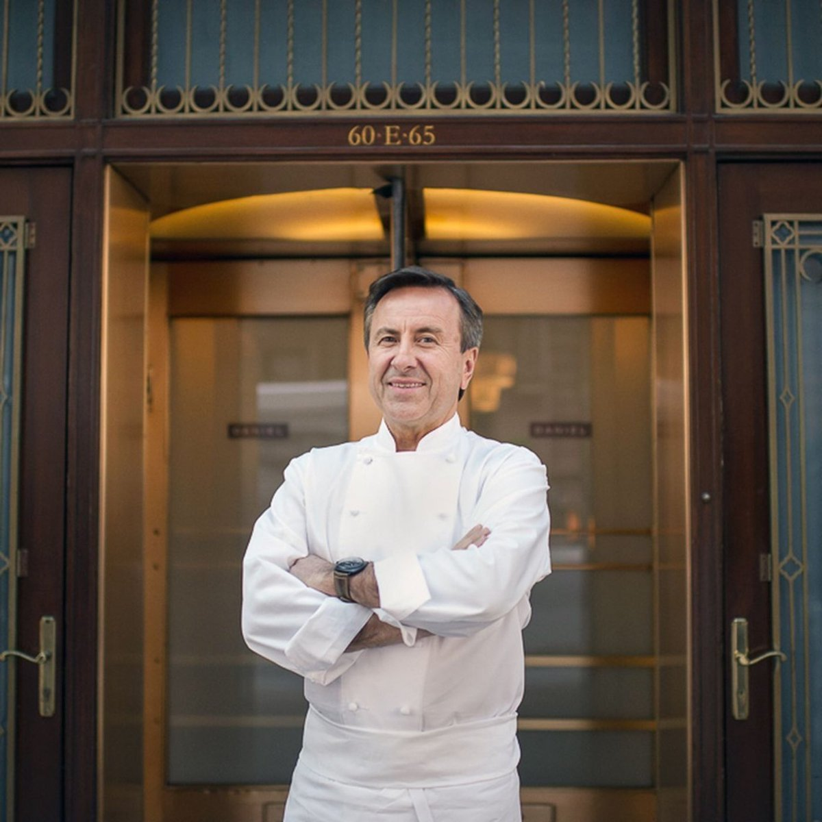 Chef @DanielBoulud tells @AirMailWeekly how he got his acclaimed Restaurant Daniel open for indoor dining. You can listen by clicking Play on the link below. https://t.co/1z9VrThcAl https://t.co/b6HViAuRXI