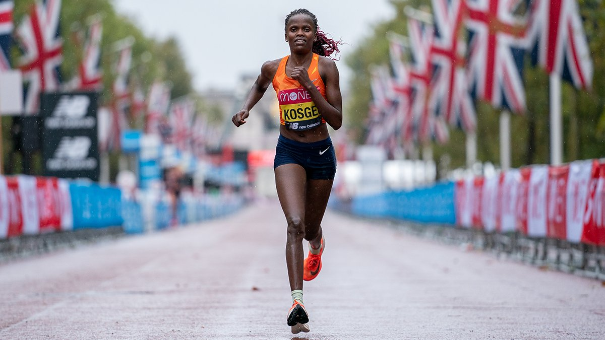 An unfamiliar course. An isolated stadium. A challenging training season. Through it all, Brigid Kosgei kept going. Because greatness is unstoppable. 👟 🥇