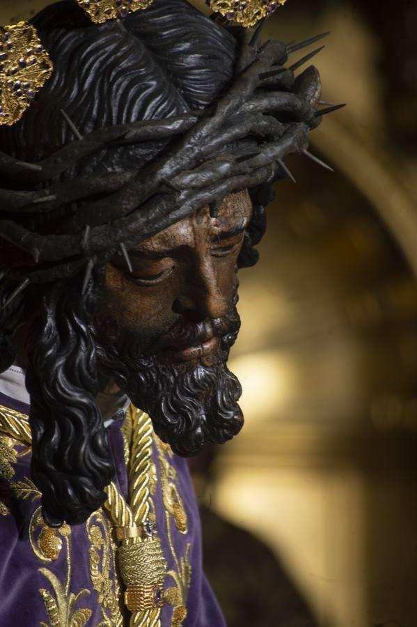 Desde las 8h y hasta las 21h último día del acto de veneración a Nuestro Padre Jesus del Gran Poder con motivo del IV Centenario de la Sagrada Imagen.   #2020GranPoder https://t.co/WeCouP4z5k
