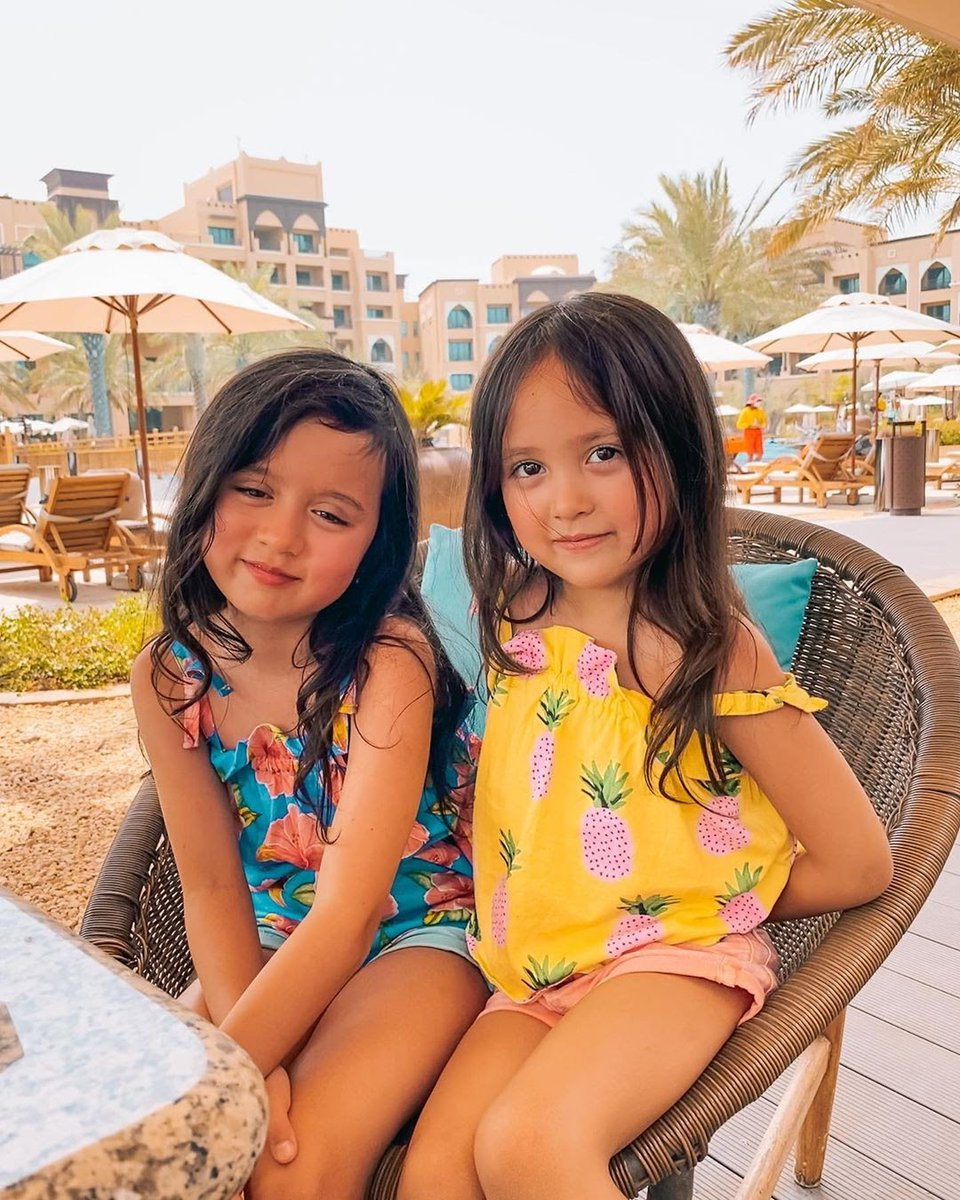 Making memories that will last a lifetime.   erin_and_anya at @saadiyatrotana   #InAbuDhabi #SaadiyatIsland https://t.co/m9fdmrz58G