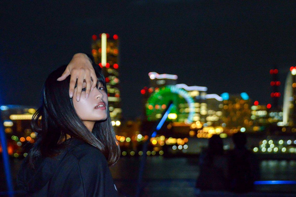 光と一緒に瞳を瞑ったらいなくなっちゃいそうで不安なんだmodel: @1019yui1019             #福士ゆい #ゆいぽん#ポートレート #ポトレ #撮影会 #ファインダー越しの私の世界 #写真で伝える私の世界 #キリトリセカイ #夜撮影 #夜景