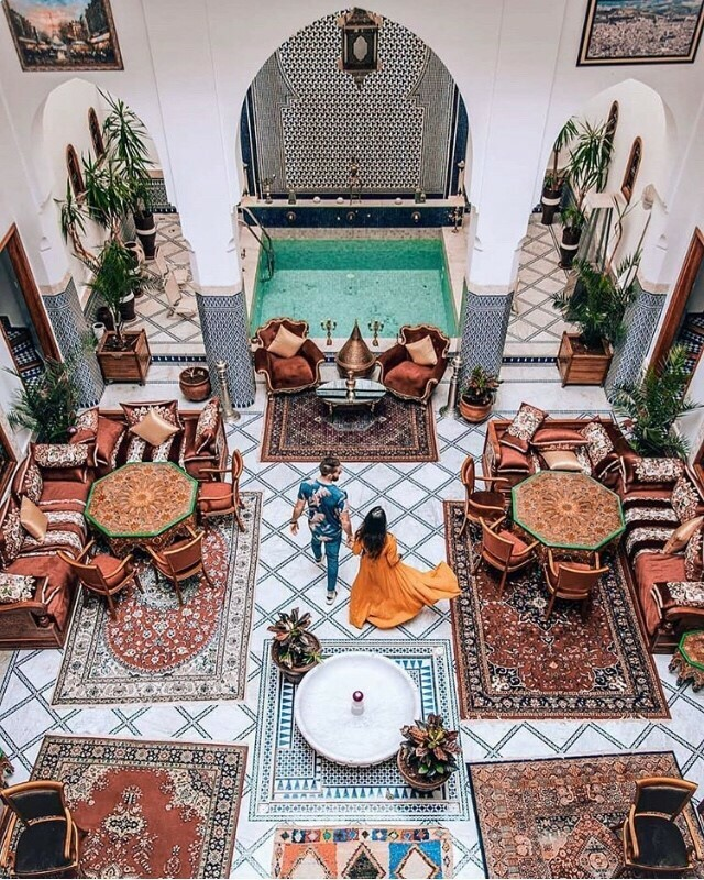 Places like this ♥️ Dreamy decor inspiration @baxintheworld taken in Marrakech 🌴 Tag your BFF who would love this too! #marrakech #homedecor #patio #riadmarrakech #interiordesign #colorfulhome #mybohoabode #mybohovibes https://t.co/zUEhsF40Bq https://t.co/KHRGG5ogJ2