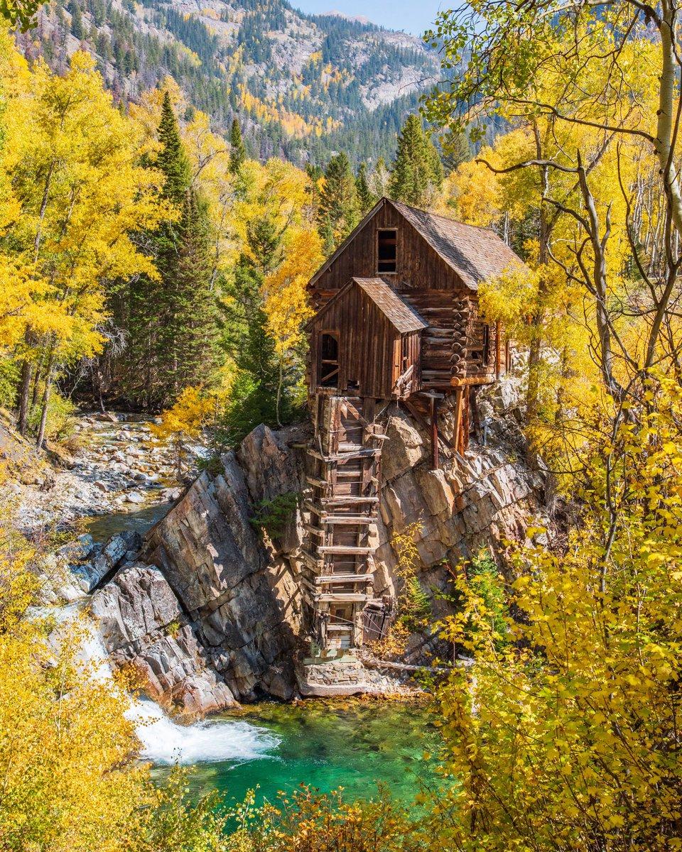 Colorful Colorado. ( 📷 : Jake Wheeler ) https://t.co/Cie14r1aLD