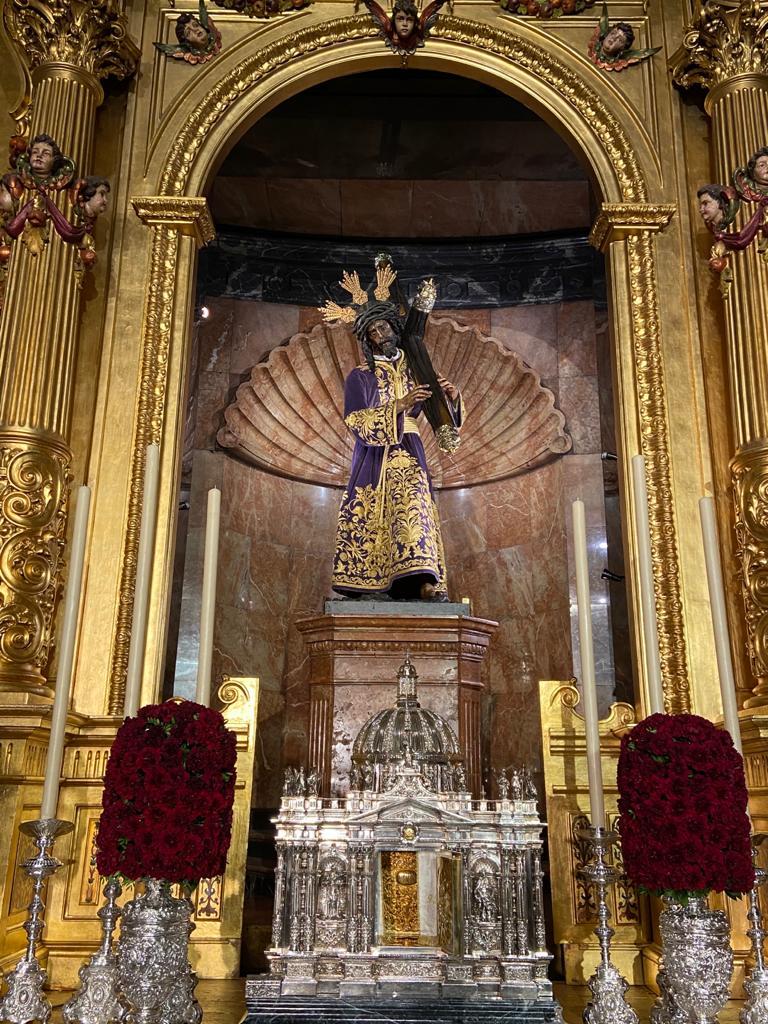 Como desde hace más de 400 años, capilla, camarín, Templo, Basílica están abiertos para que el Señor reconforte almas.  Él es la piedra angular de nuestras vidas.  NUESTRO PADRE JESÚS DEL GRAN PODER Ten misericordia de nosotros #2020GranPoder https://t.co/pVjHIALGpj