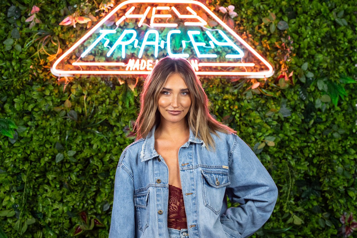 She's reality royalty and the WINNER of Celebrity X Factor... @Megan_Mckenna_  is on tonight's show! 10pm @itv2 #heytracey https://t.co/ZUmRIacJkD