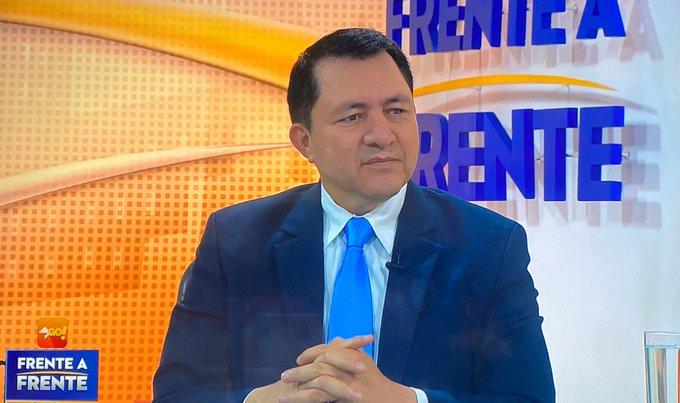 Ponce: no cancelar salarios es capricho del ministro de Hacienda