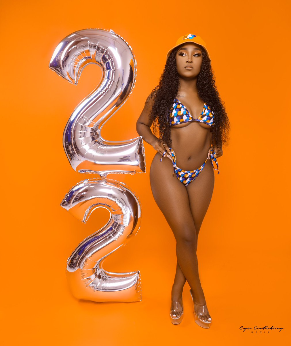 it's a real bitch's birthday 😘 #22