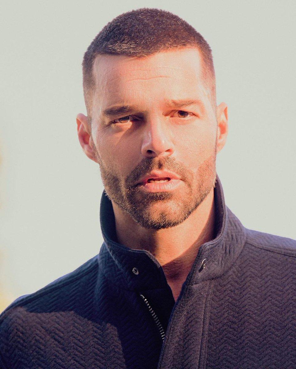 #Repost @vmagazine  HEROES ⭐️ RICKY MARTIN @ricky_martin Photography: @KalebMarshall Fashion: #dvlstylist Art Direction: #gabrielebaldotto Interview: #samandersondotcom [Image 1] Ricky Martin wears jacket @giorgioarmani