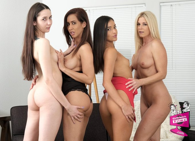 4 pic. Enjoying Monday at the club 👯♀️⛱💦#MDECMonday @GF_Films with the cast of Mother-Daughter Exchange