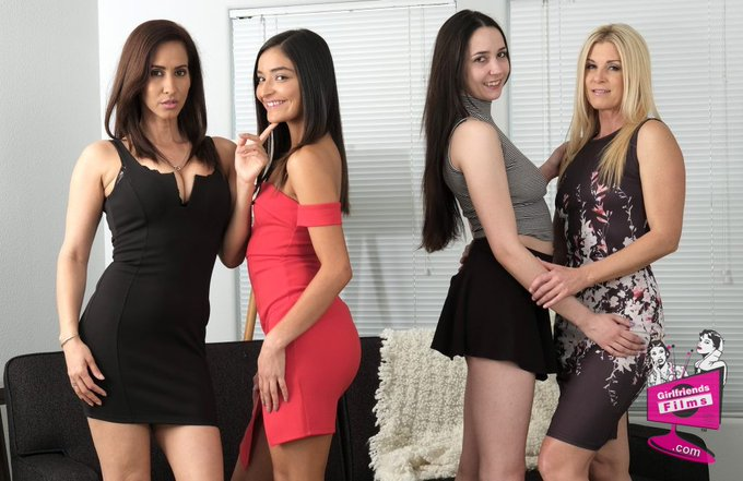 2 pic. Enjoying Monday at the club 👯♀️⛱💦#MDECMonday @GF_Films with the cast of Mother-Daughter Exchange
