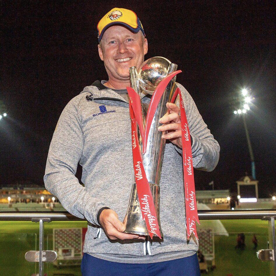 𝙊𝙪𝙧 𝙃𝙚𝙖𝙙 𝘾𝙤𝙖𝙘𝙝 💪 🏆 Vitality Blast 🏆 County Championship 🏆 Bob Willis Trophy