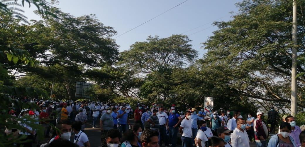 Protesta nacional por cuatro meses de retraso del FODES