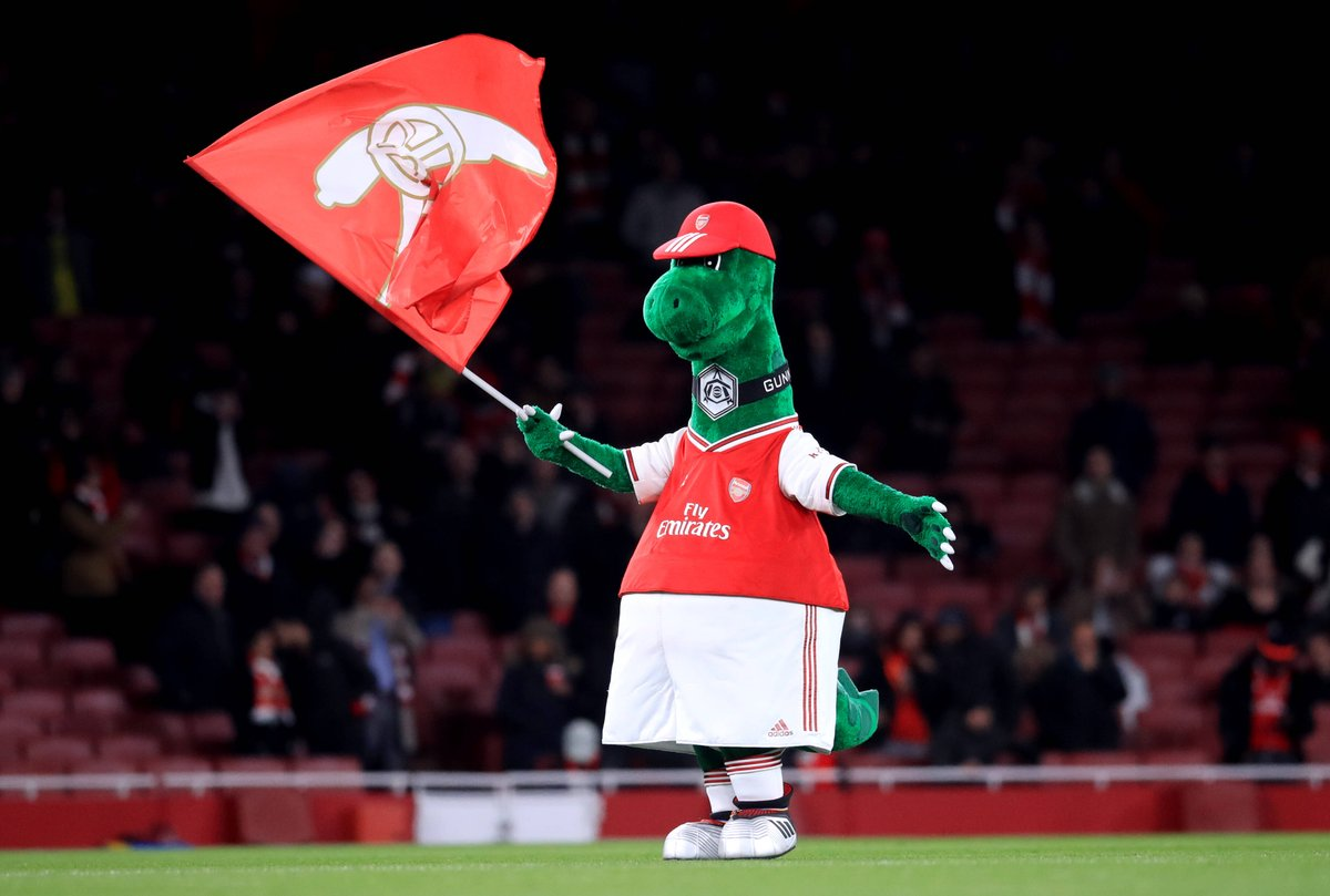 I was so sad that Jerry Quy aka our famous & loyal mascot @Gunnersaurus and integral part of our club was being made redundant after 27 years. As such, I'm offering to reimburse @Arsenal with the full salary of our big green guy as long as I will be an Arsenal player...