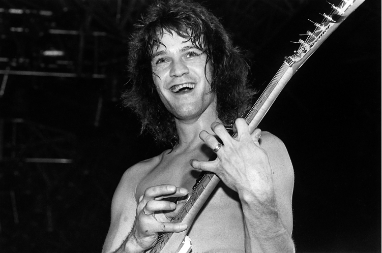 #RIP RT @rollingstone: Eddie Van Halen, the Hall of Fame guitarist who revolutionized the instrument and influenced countless musicians, has died at the age of 65
