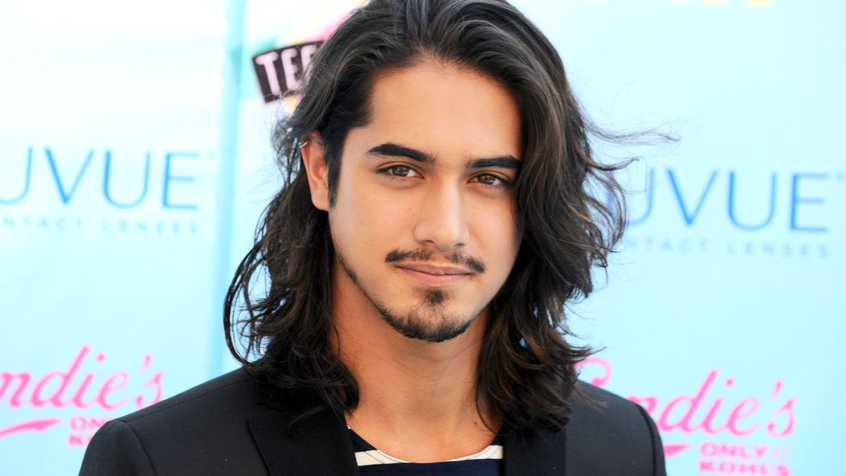 Denny The Villain On Twitter Avan Jogia Will Be Playing Leon S Kennedy