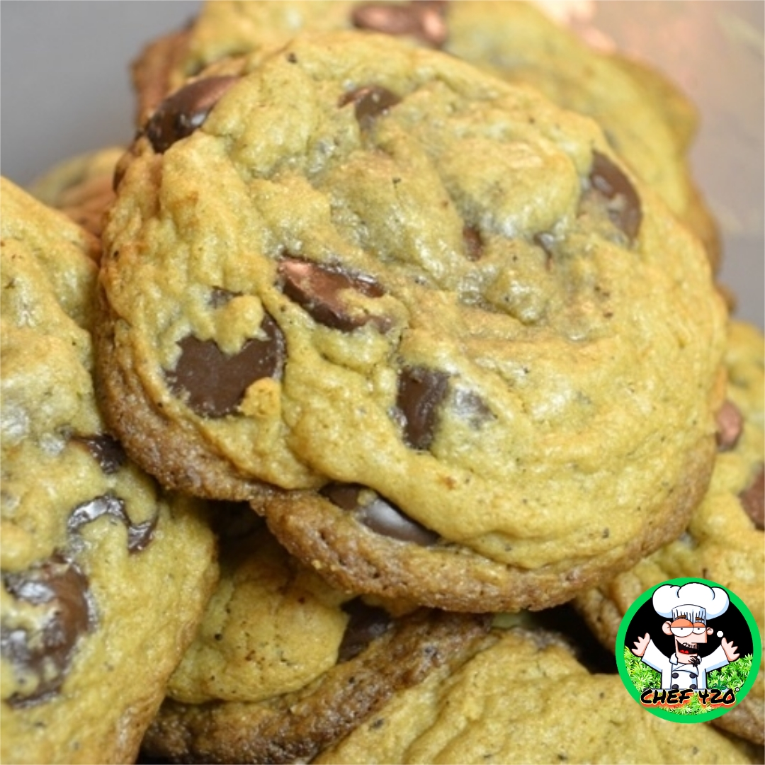 CHEF 420s own Medicated Chocolate Chip Cookies, A great low sugar, tasty alternative to those high sugar ones, I bet you can't tell them apart .    https://t.co/7EGXy9LQzp     #Chef420 #Edibles #CookingWithCannabis #CannabisChef #CannabisRecipes #Happy420 #420Eve #420day https://t.co/YnjAaPgpDB