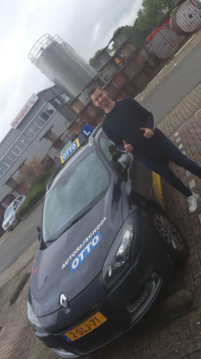 test Twitter Media - Jarno Plaisier, gefeliciteerd met het behalen van je rijbewijs. https://t.co/PWqG0iKklN