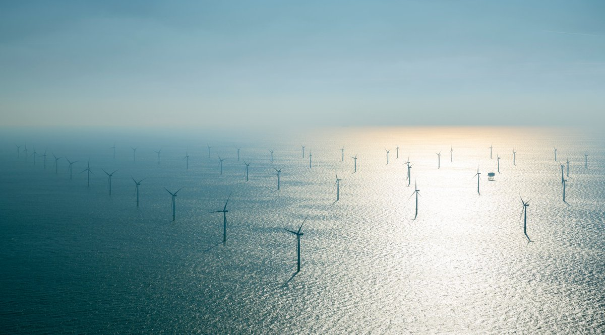 🌊💨 @Total is pushing forward in the emerging sector of floating offshore wind with its ambition to develop renewable energy sources, key in achieving #NetZero2050. Eolmed will be our 1st floating wind project in 🇫🇷 together with Group Qair.  Learn more⤵️ https://t.co/rZRdWV6M2k https://t.co/ZdFdsOuWMc