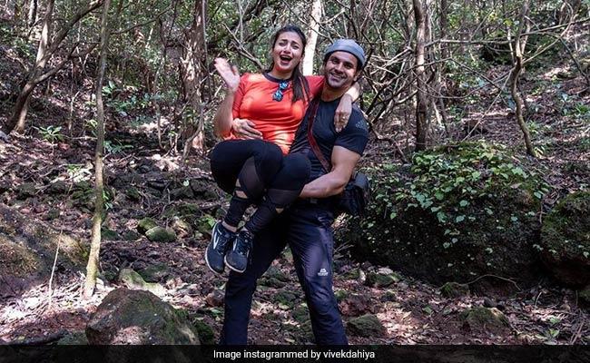 ROFL Pics From @Divyanka_T And @vivekdahiya08's Jungle Adventures In Mahabaleshwar  https://t.co/l1D17iF0gu https://t.co/rpiyZE1LqR