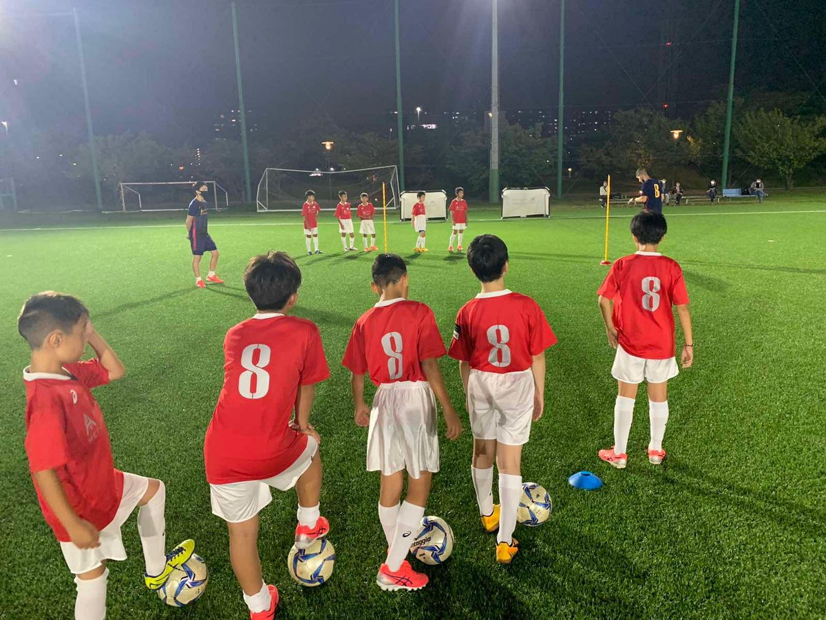 Muy feliz de poder abrir una nueva sede de #IniestaMethodology en Port Island ⚽💪🏼  ポートアイランドで #IniestaMethodology の新しいスクールをオープンしました! ⚽💪🏼  #Football #FootballAcademy #Discipline #Learning #TeamWork #GreenSakai #Amagasaki #Kobe #PortIsland #RokkoIsland