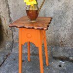 Image for the Tweet beginning: A small quirky plant stand