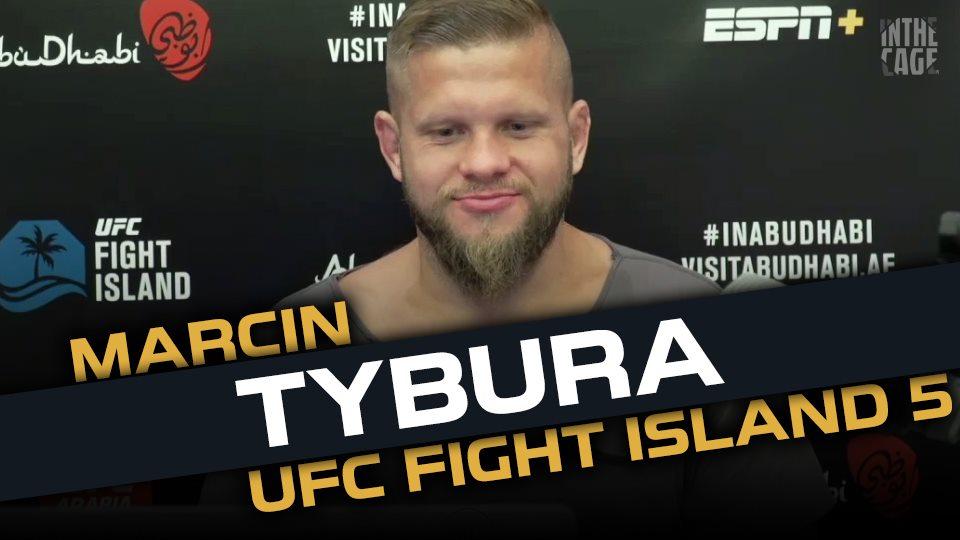 A żebyście się nie nudzili... Mamy dla Was rozmowę z Marcinem Tyburą :) Prosto z UFC Fight Island (virtual media day) - Forma na 3 dni przed walką - Mocne strony @BenRothwellMMA  - Sukces @JanBlachowicz   - Debiut @dricusduplessis   LINK: https://t.co/5Y3IW8ocsT https://t.co/PwPKxu1P3R