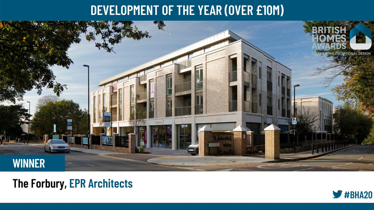 These awards skimp terribly on why winners won. This pic and the website show a clumsy boundary which @EPRArchitects won't have designed, not the lovely mews behind. No clues to layout & where are the plans? Awards are pointless when no money is spent on broadcasting clever moves