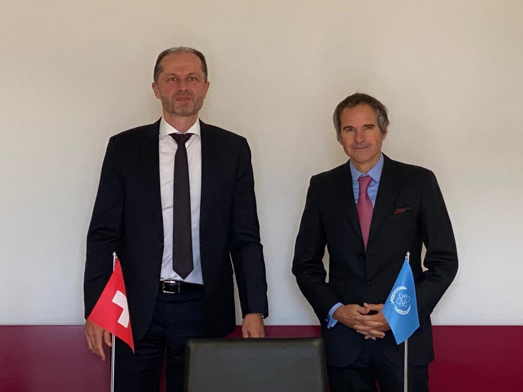 Vielen Dank für den guten Austausch, @rafaelmgrossi. Mitgliedschaft der Schweiz im Gouverneursrat und gute Zusammenarbeit mit der #IEA als Schwerpunkte der kommenden Jahre. https://t.co/jMv73iPtf9