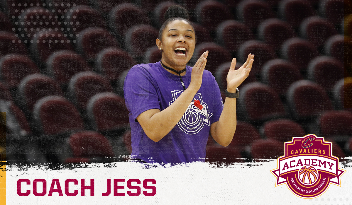 Our fearless female leader - Coach Jess! 💪🏽   #CavsYouthSportsWeek https://t.co/ww8Z5Wqy4F