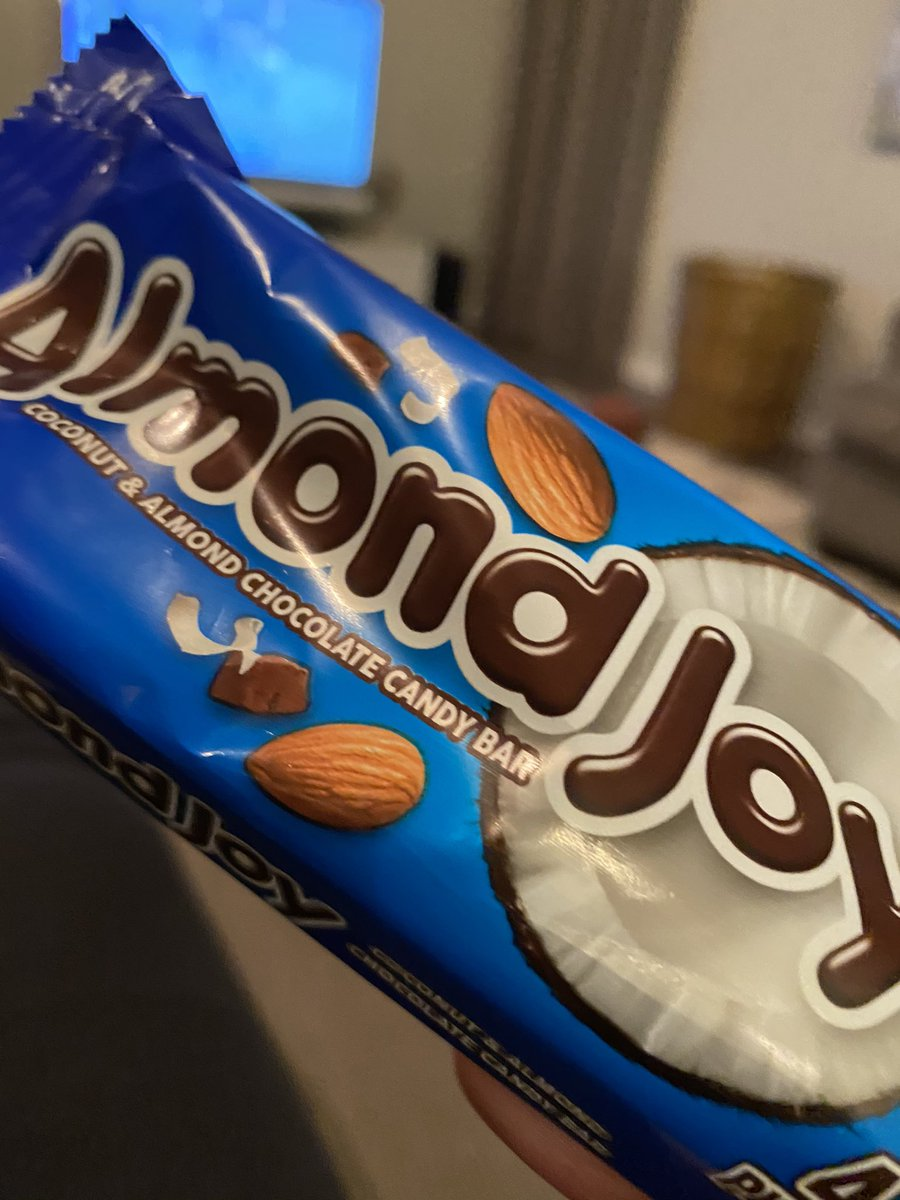 This one's for @mrgil77 and @mikesaenzsays.  I have never met two men who hate Almond Joy more.  #Haters https://t.co/MoX9kb0GhR